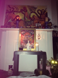 Laser cat eyes at my Chokmah altar ... or should I say Chokmeow altar ;)